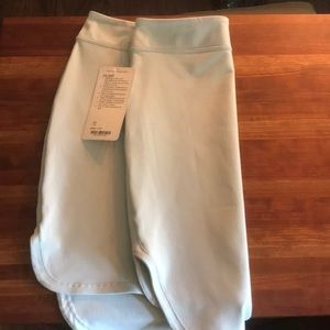 NWT Lululemon City Skirt sz 10, light mint green
